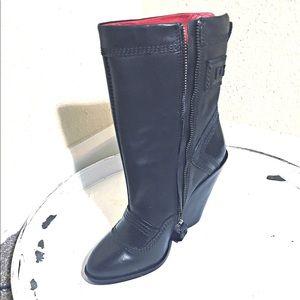 DIESEL 'D-FLAMINGO' Blk Leather boots w/cuban heel
